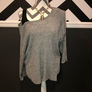 Silver Jeans 3/4 Sleeve Off the Shoulder Top - L